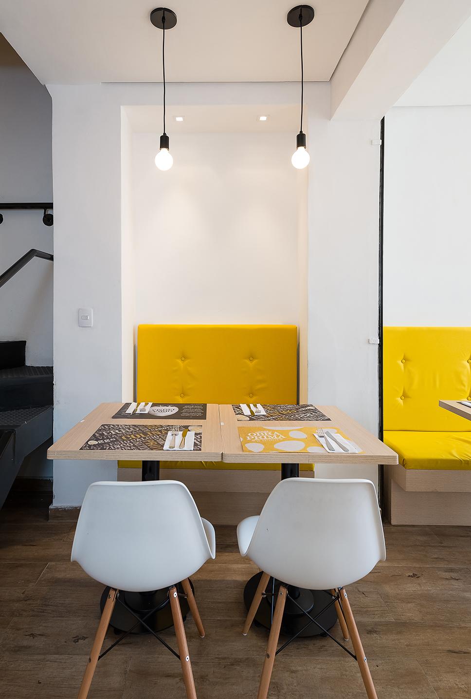 sofa restaurante